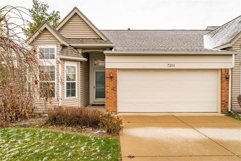 7201 Brookmeadow Drive Centerville, OH 45459