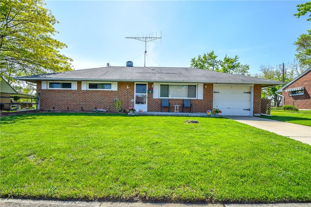 5727 Rousseau Drive, Huber Heights, Ohio