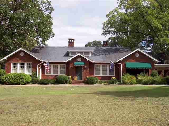 Real Estate for Sale, ListingId: 18304977, Walhalla, SC  29691