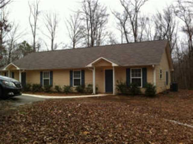 Rental Homes for Rent, ListingId:22334866, location: 16017 A S Radio Station Rd Seneca 29678
