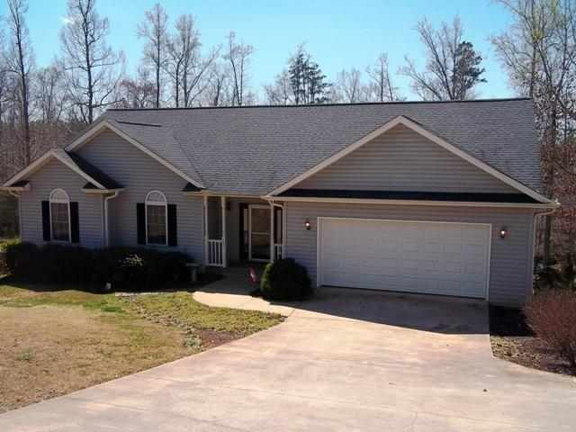 107 Winding Creek Ln, Seneca, SC 29672