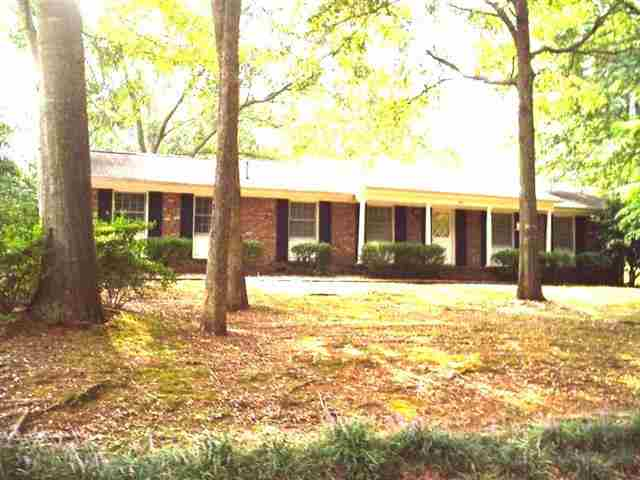 Rental Homes for Rent, ListingId:23366058, location: 245 Grove Dr. Clemson 29631