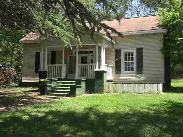 9 Lee St, Liberty, SC 29657