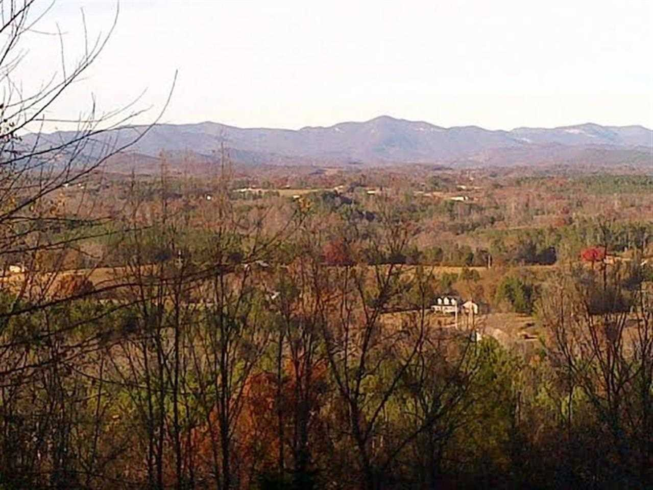 206 Long View Ct, Pickens, SC 29671
