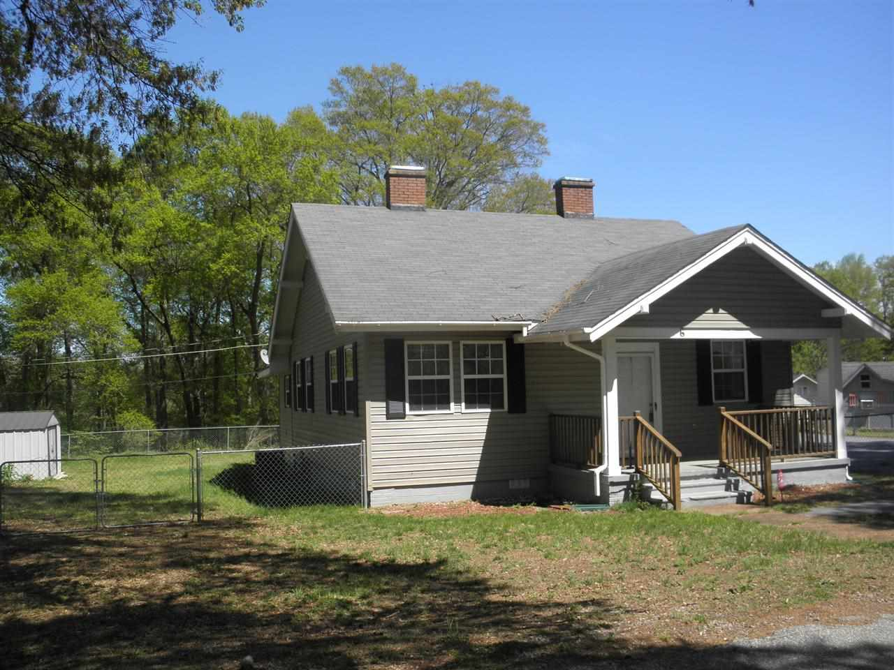 Rental Homes for Rent, ListingId:27808983, location: 6 Ash St Spartanburg 29303