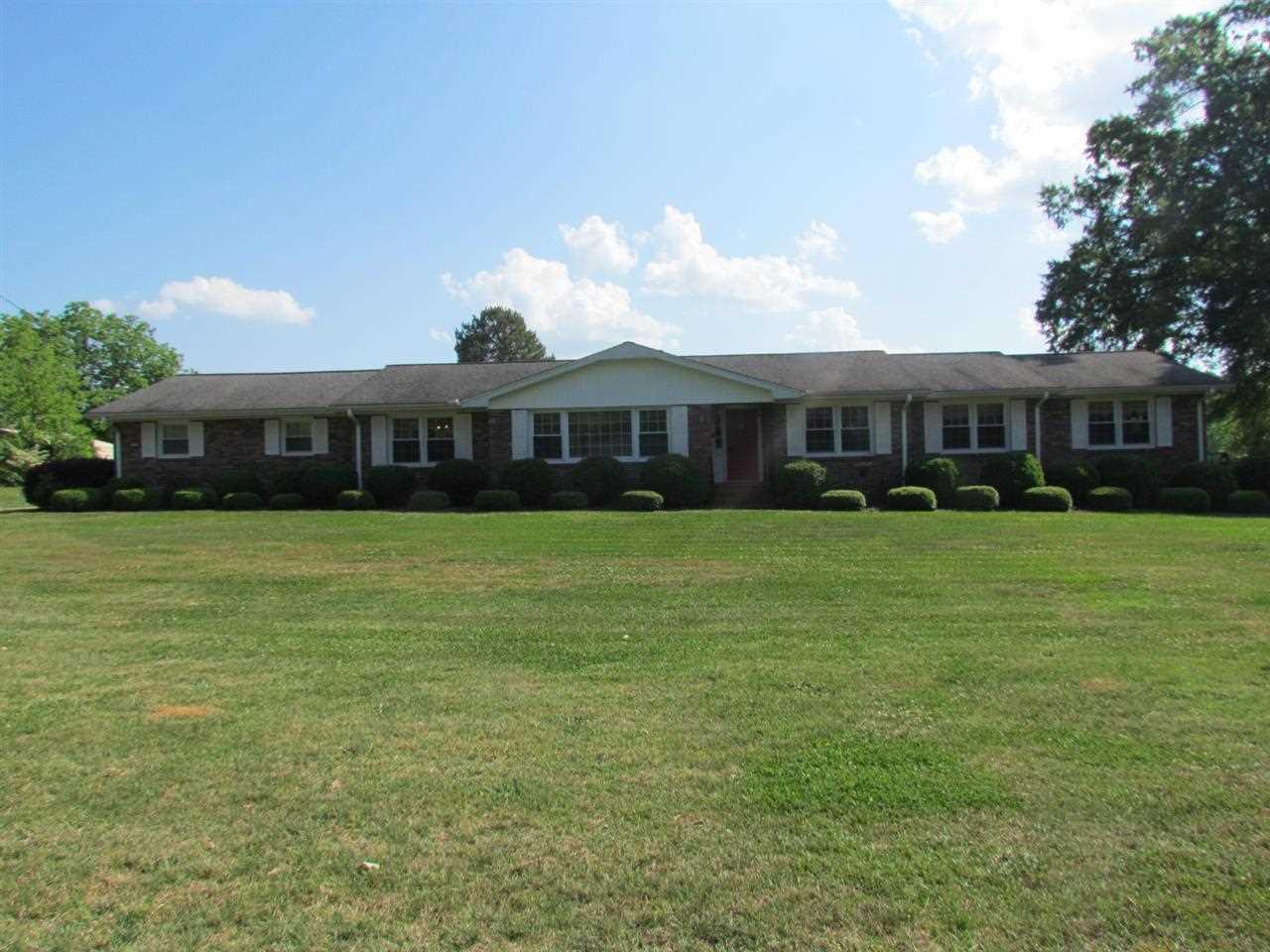 Real Estate for Sale, ListingId: 28135953, Honea Path,SC29654