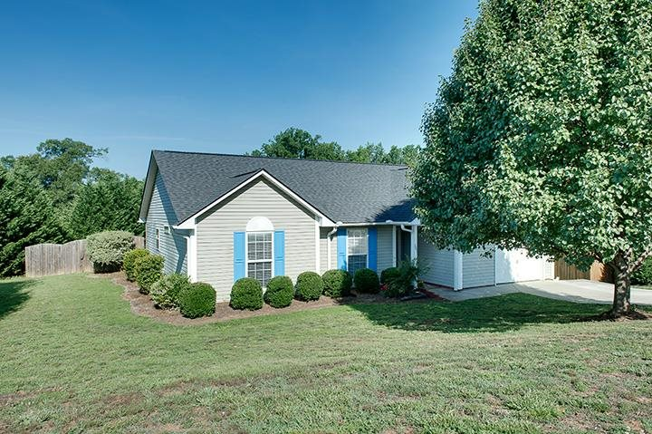 301 Stonington Way, Taylors, SC 29687