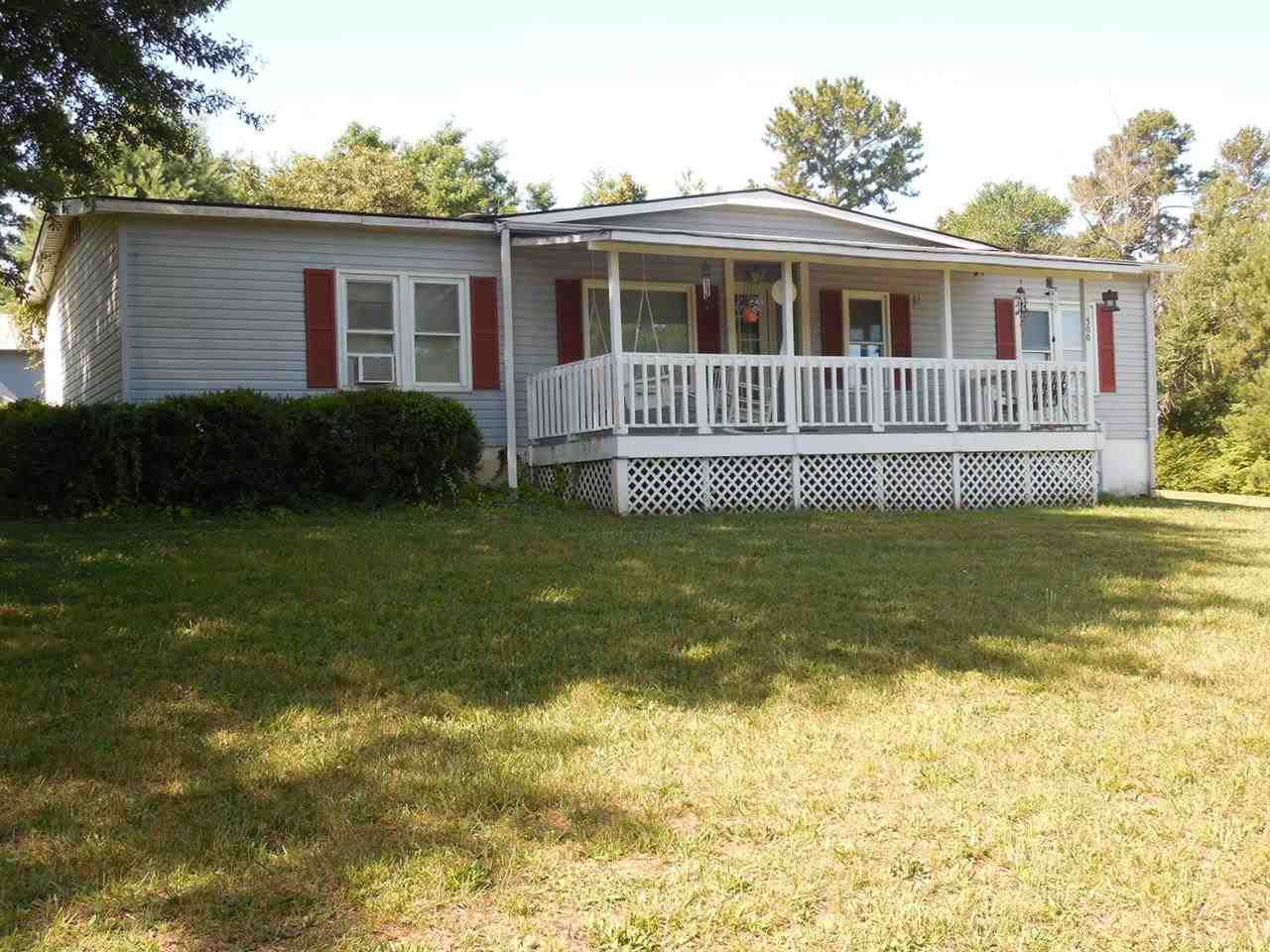300 Earle Rd, Central, SC 29630
