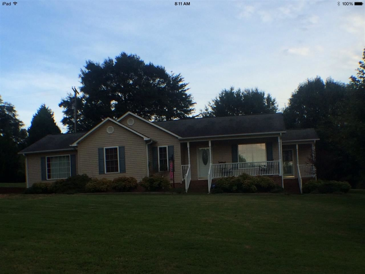 479 Ballard Rd, Pelzer, SC 29669