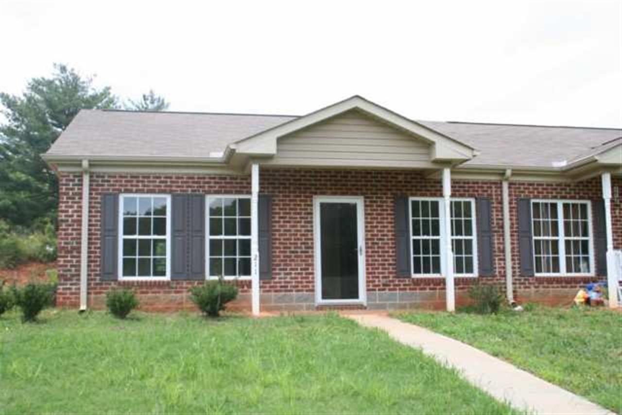 Rental Homes for Rent, ListingId:30111796, location: 222 Tee Drive Seneca 29678