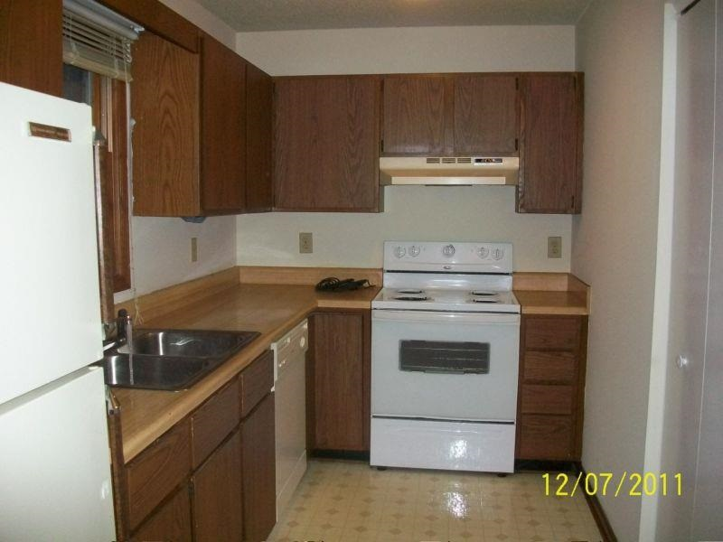 Rental Homes for Rent, ListingId:30280375, location: 203 WILLOW CT #113 Central 29630
