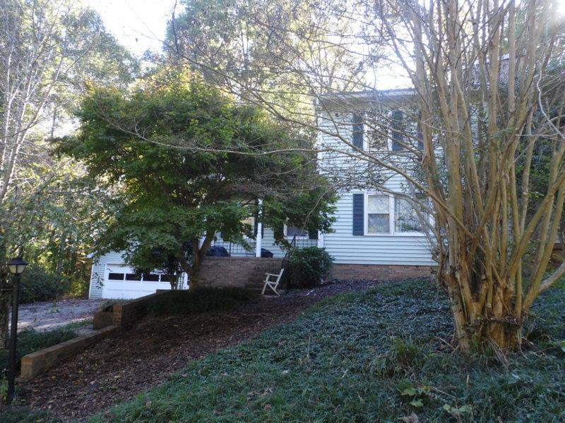 Rental Homes for Rent, ListingId:30340592, location: 14018 E Camelia Lane Seneca 29678