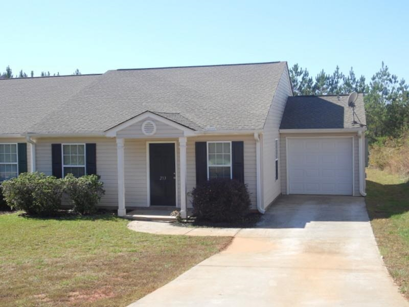 Rental Homes for Rent, ListingId:30531711, location: 213 Tamarack Drive Seneca 29678
