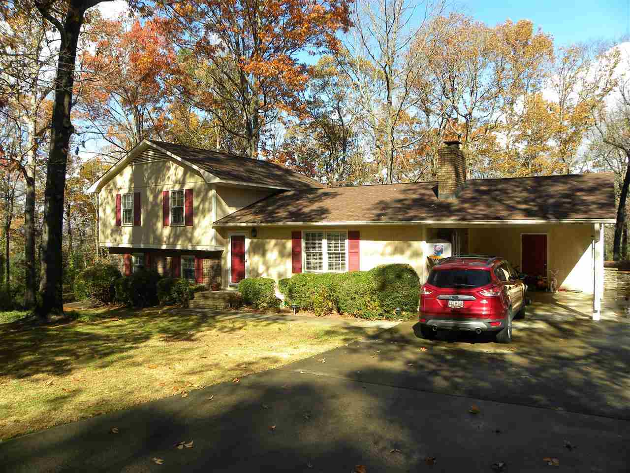 150 Toby Hills Rd, Central, SC 29630