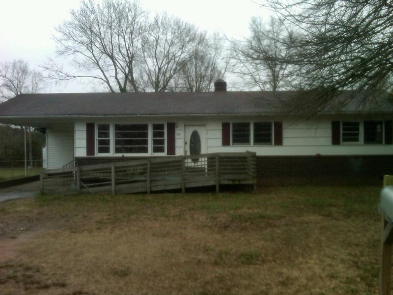 One of Greenville 3 Bedroom Basement Homes for Sale