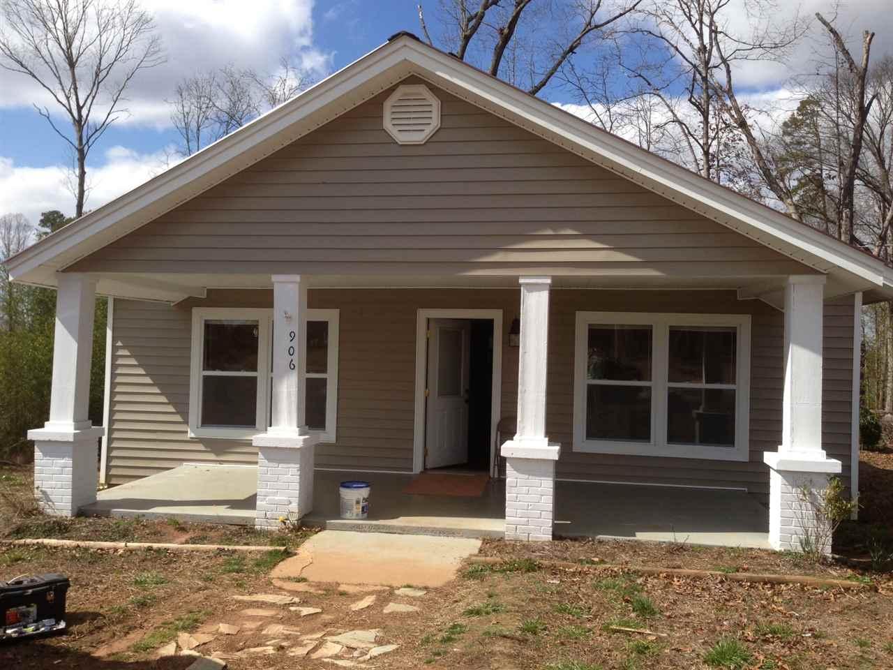 Rental Homes for Rent, ListingId:33045195, location: 906 W South 4th Street Seneca 29678
