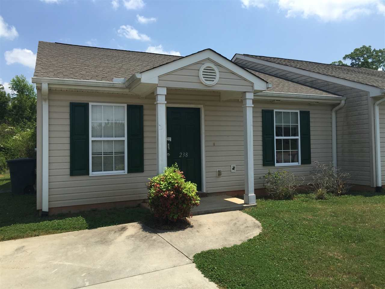 Rental Homes for Rent, ListingId:33299164, location: 238 Tamarack Drive Seneca 29678