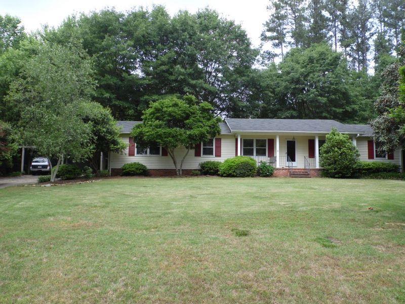 Rental Homes for Rent, ListingId:33409380, location: 1107 Shoreview Drive Seneca 29672