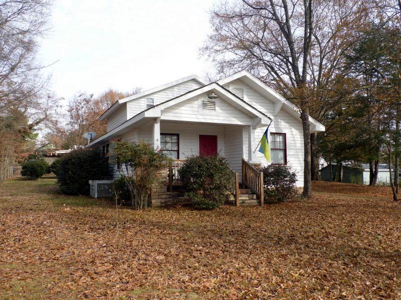 Rental Homes for Rent, ListingId:33476503, location: 804 W South Broad Street Walhalla 29691