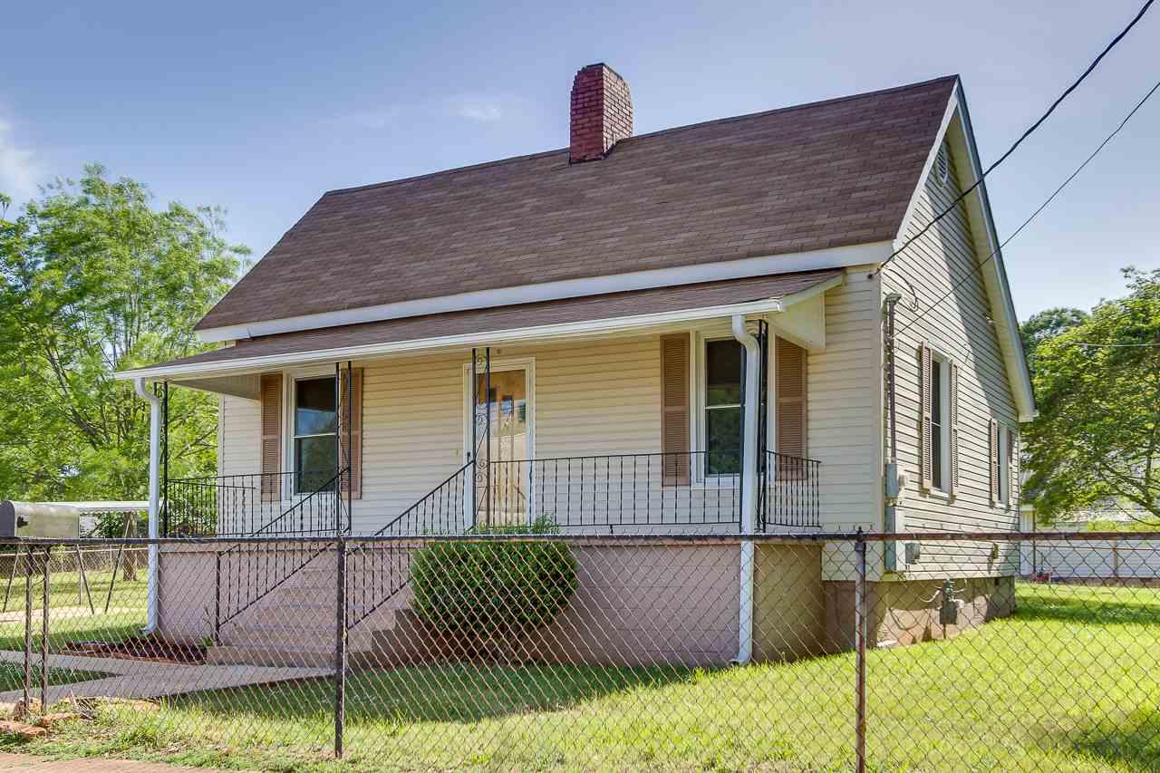 118 Hampton St, Pelzer, SC 29669