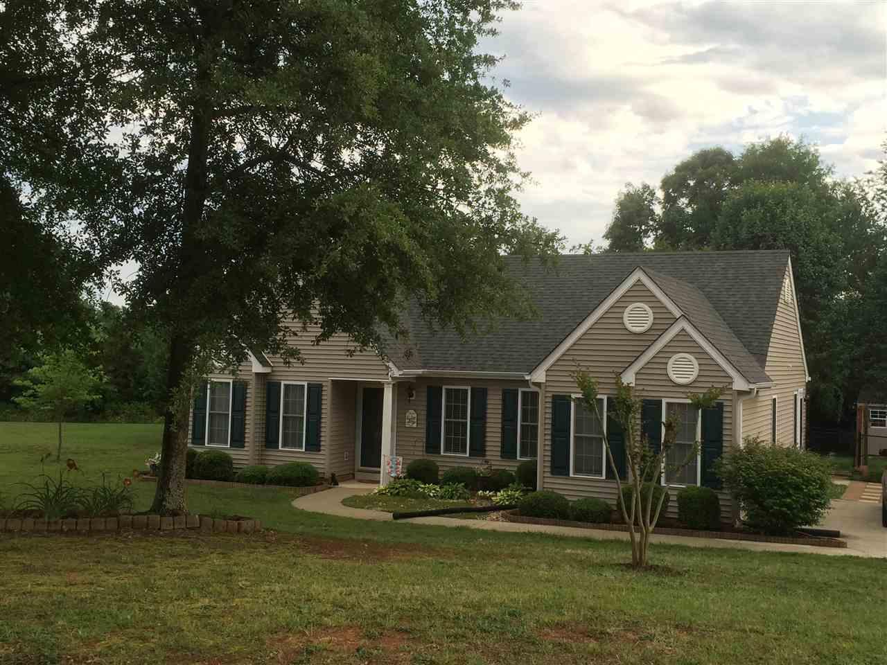 Real Estate for Sale, ListingId: 33719327, Pendleton,SC29670