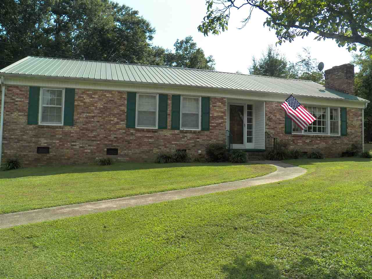 Rental Homes for Rent, ListingId:35271151, location: 505 S Lovingood Ave Walhalla 29691