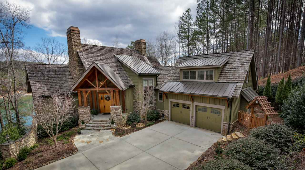 South Carolina Waterfront Property In Lake Keowee Lake