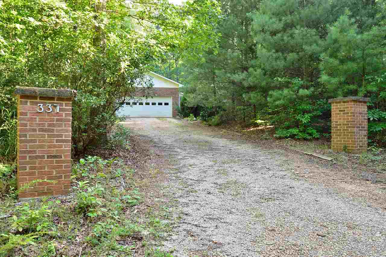337 Friedberger Dr, Mountain Rest, SC 29664