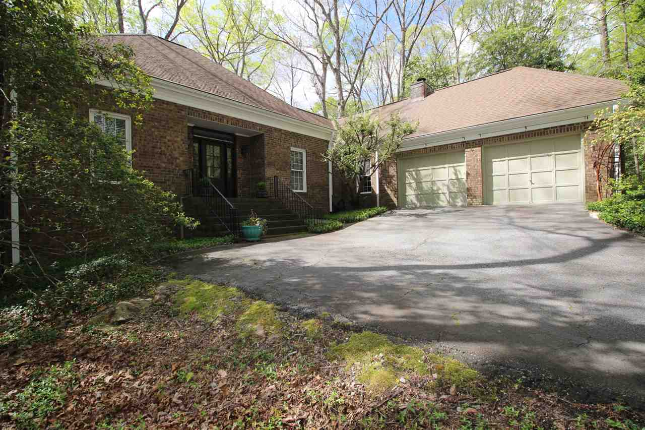 203 Wildwood Trl, Central, SC 29630