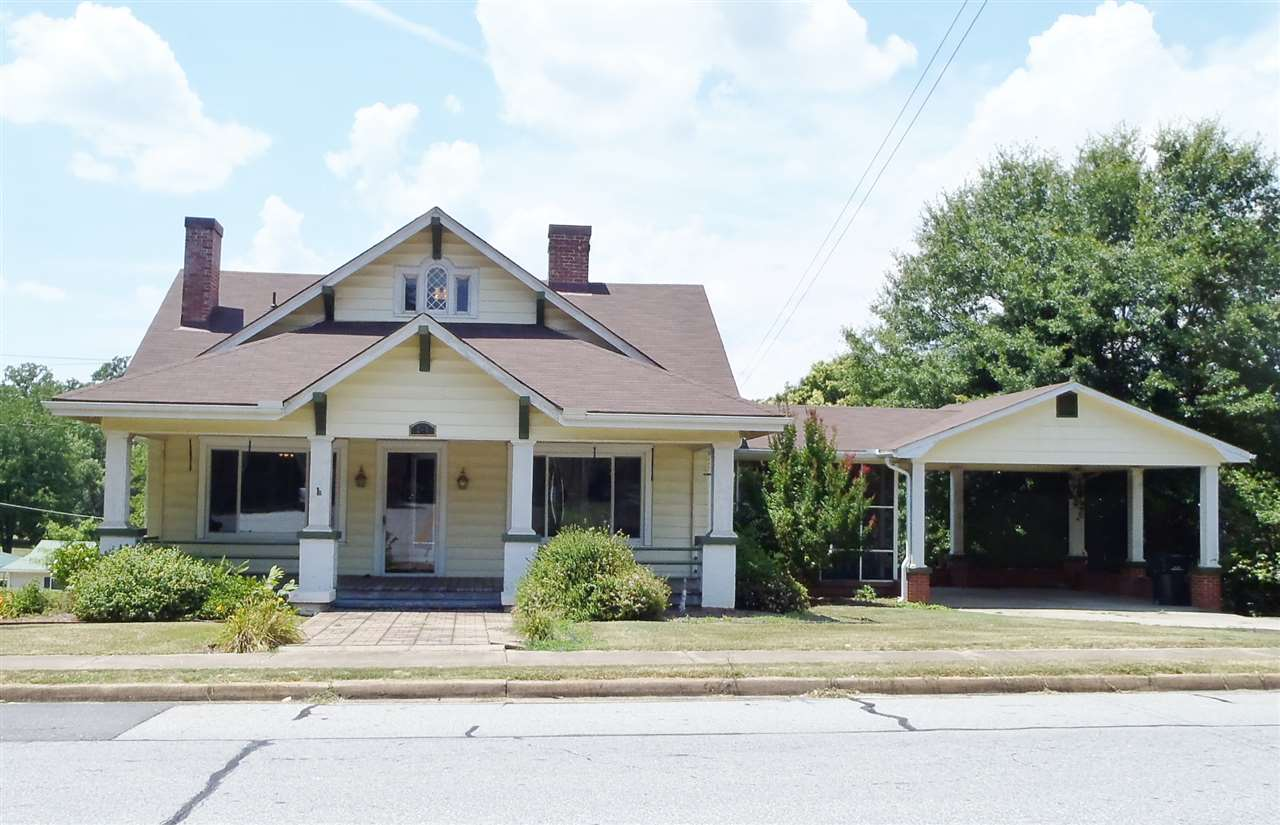 201  Westminster Hwy, Westminster in  County, SC 29693 Home for Sale