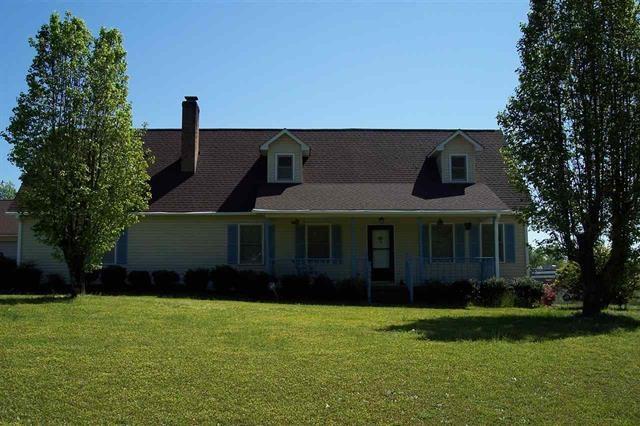 100 Twin Oaks Ct, Iva, SC 29655
