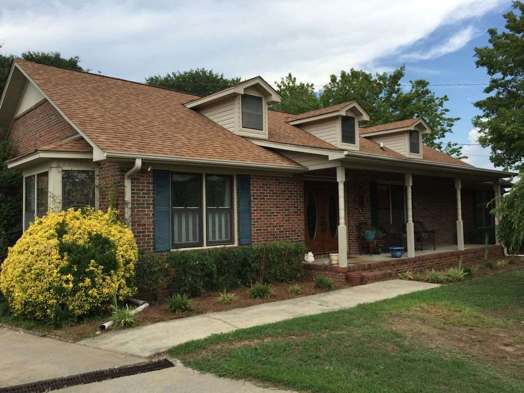 104 Maryland Ave, Easley, SC 29640