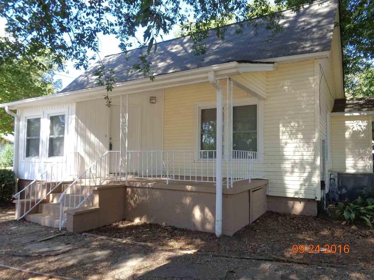 501 Blue Ridge St, Easley, SC 29640