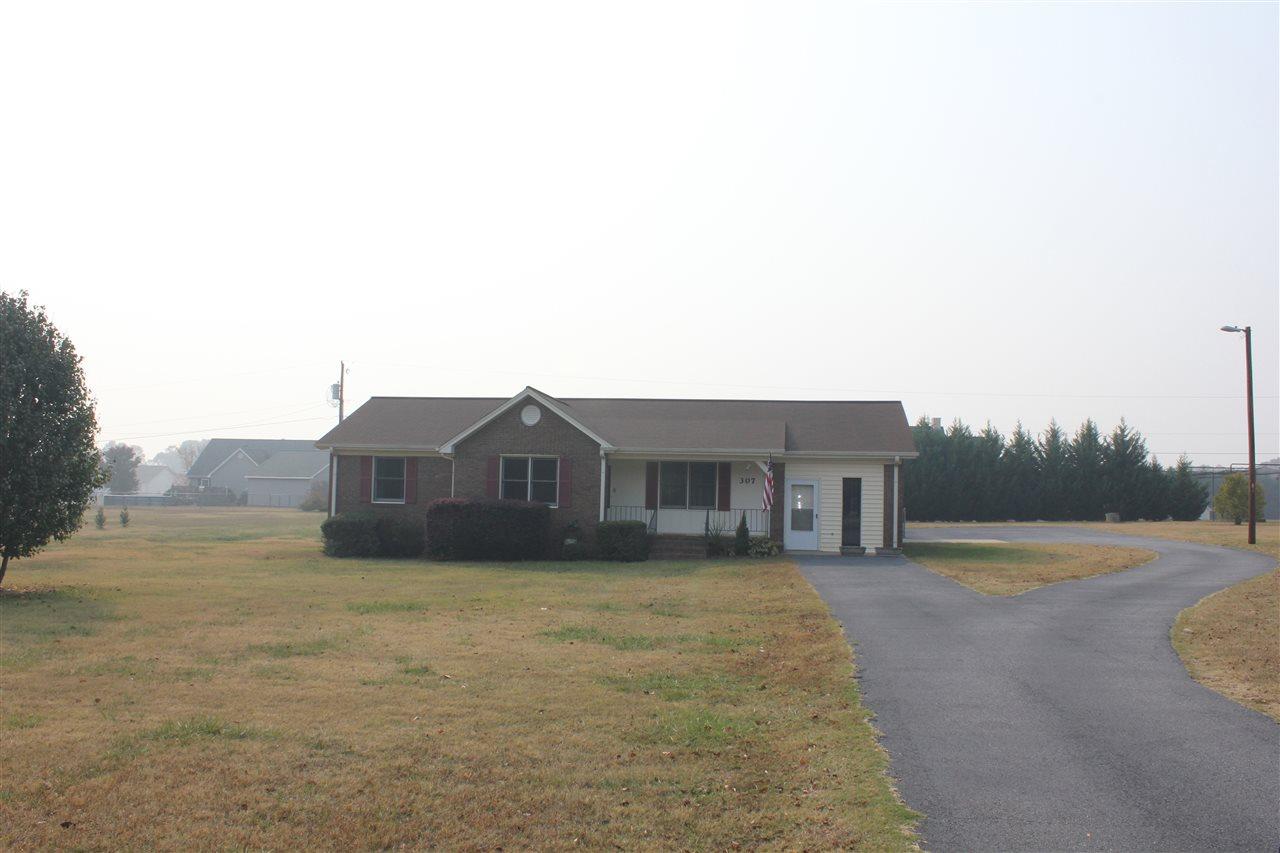 307 Griffin Rd, Belton, SC 29627