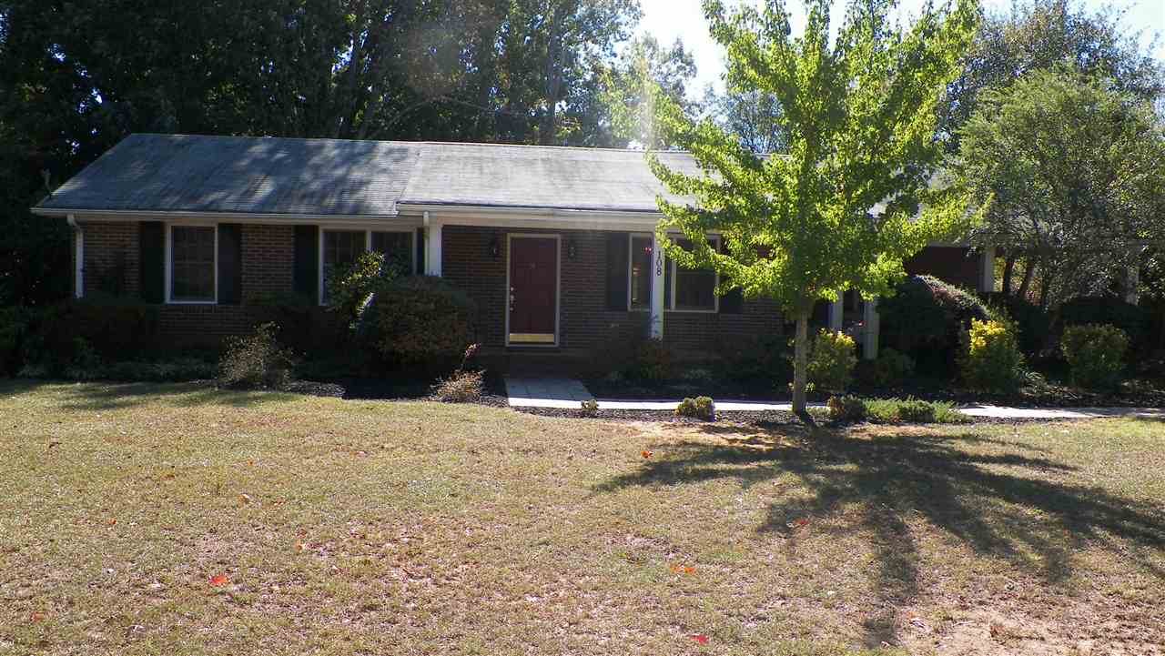 108 Calhoun Rd, Belton, SC 29627