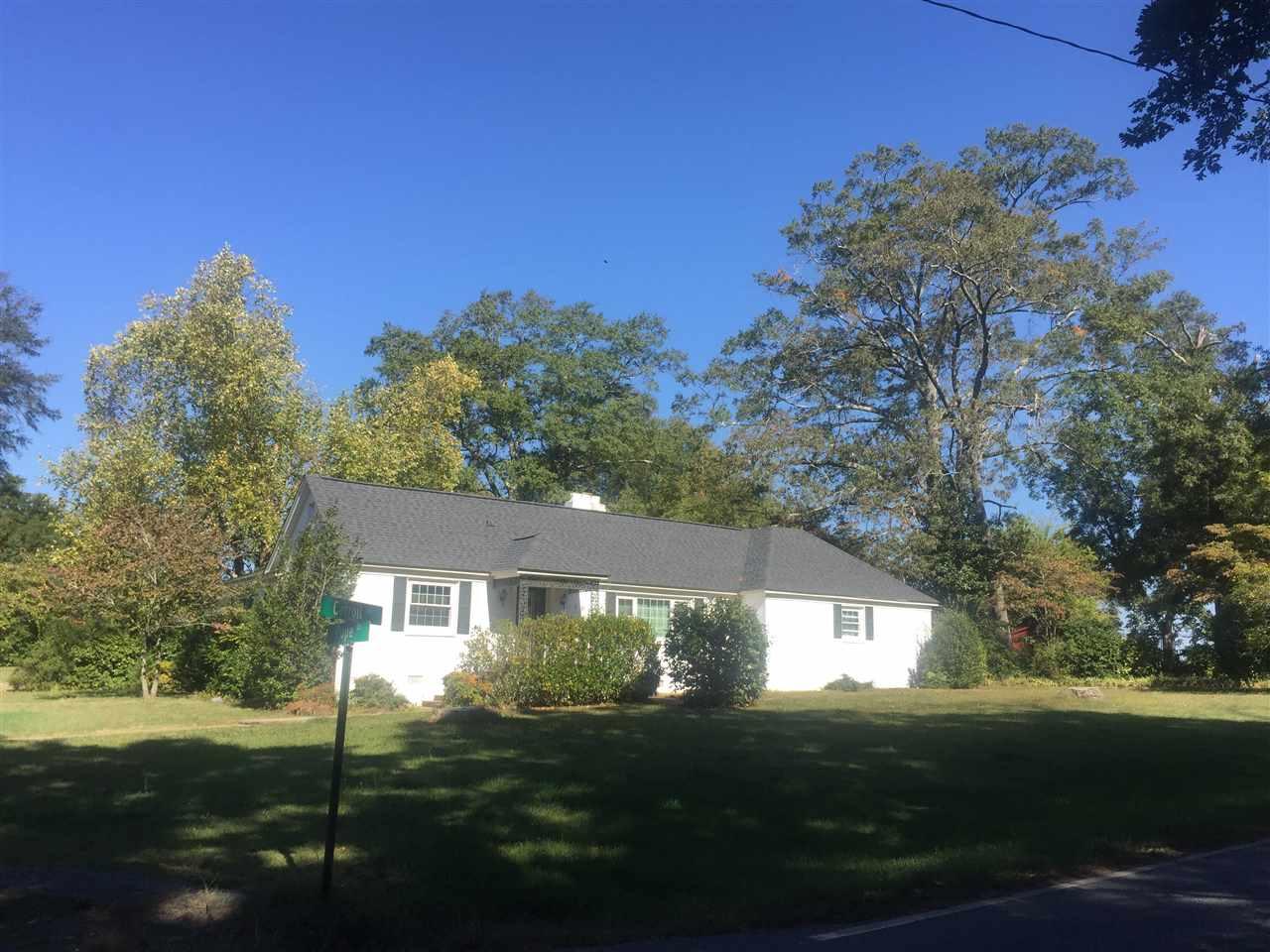 109 Carroll Ln, Belton, SC 29627