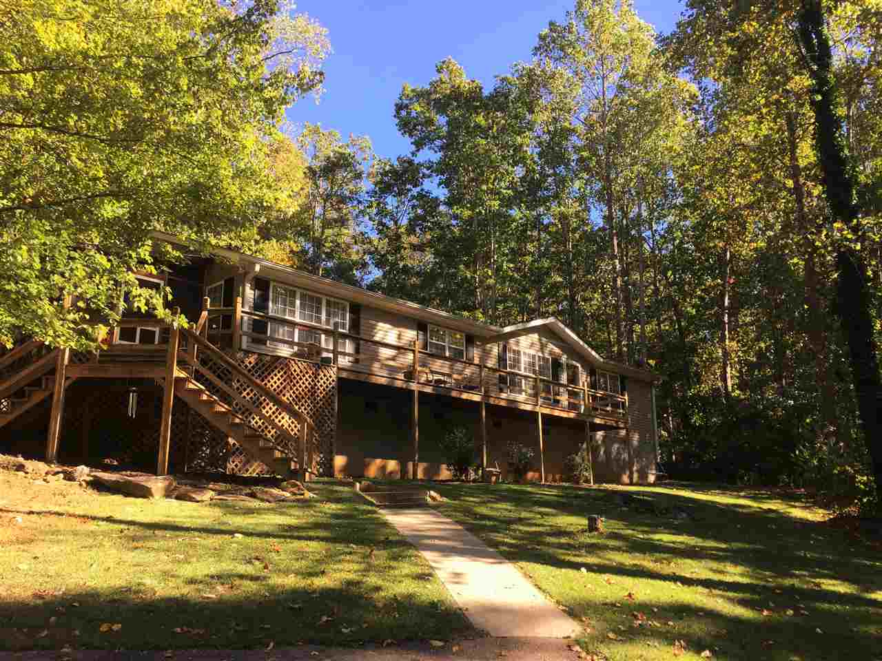 202 Boat Ramp Rd, Westminster, SC 29693