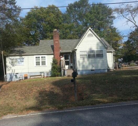 Photo of 817 E South 2nd St  Seneca  SC