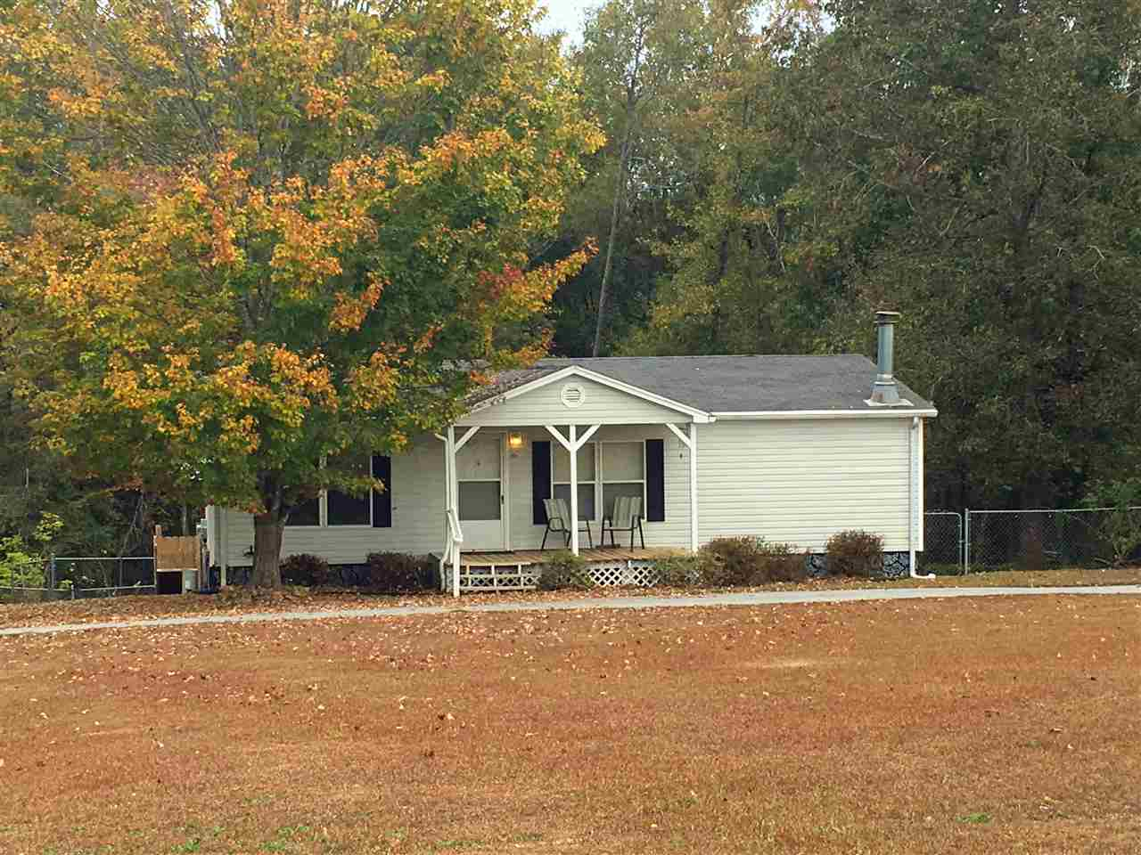 Photo of 404  Bluefield Rd  Starr  SC