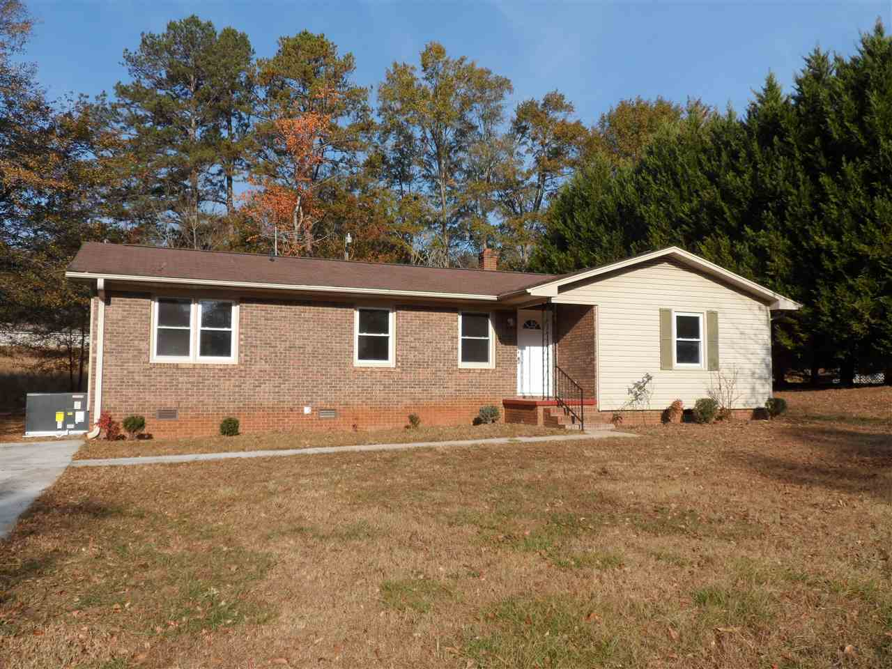 Photo of 106  Oakway Dr  Seneca  SC