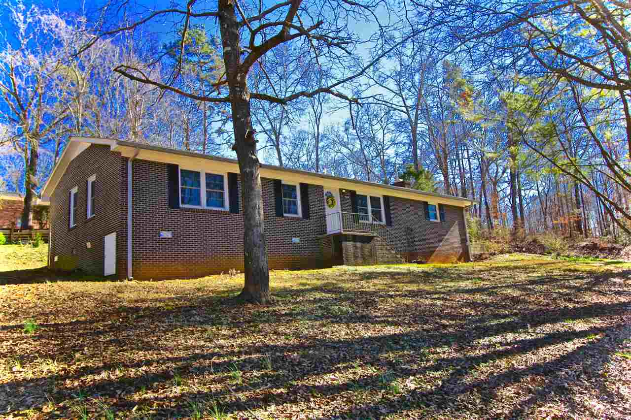 Photo of 424  Forest Acres Circle  Walhalla  SC