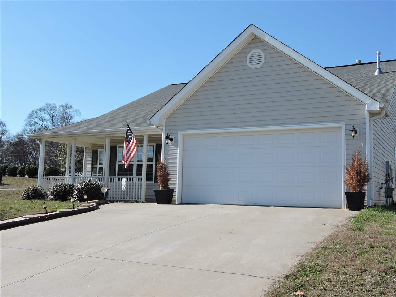 Ranch,Traditional, Single Family - Anderson, SC (photo 1)