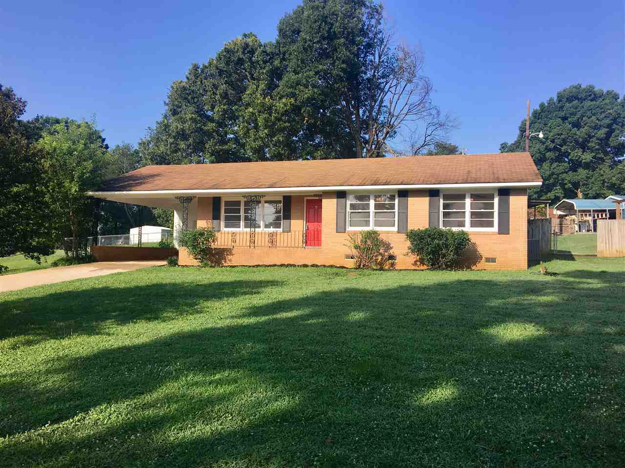Photo of 110  Woodland Drive  Starr  SC