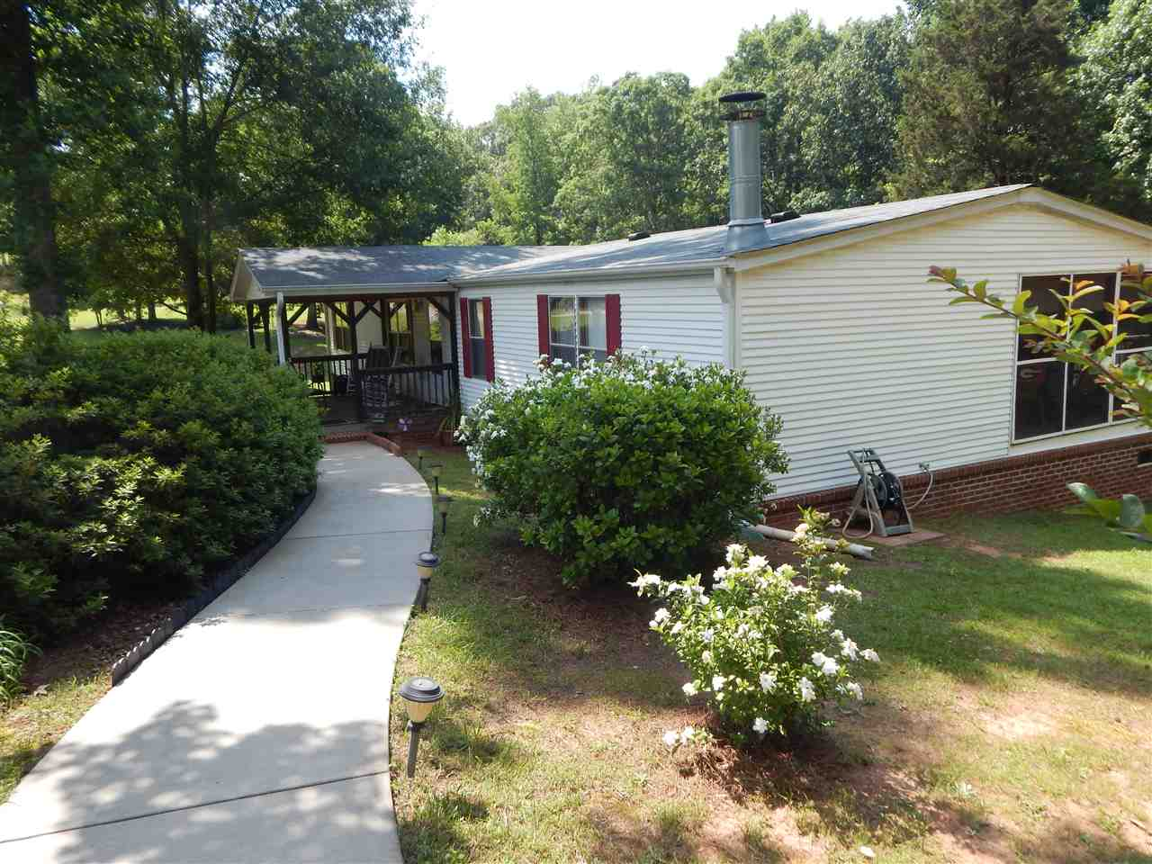 Photo of 119  Tahoe Drive  Townville  SC