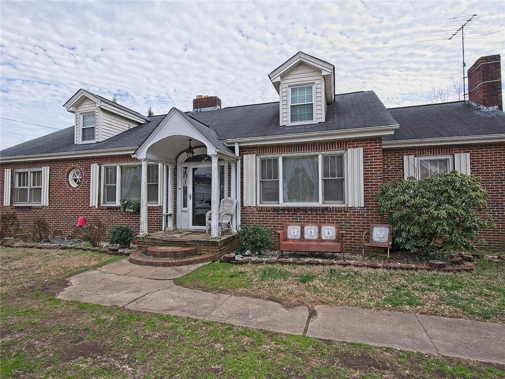 One of Powdersville 3 Bedroom Homes for Sale at 35 E Welcome Road