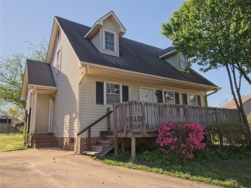 102 Ansel Court, Easley in Pickens County, SC 29642 Home for Sale