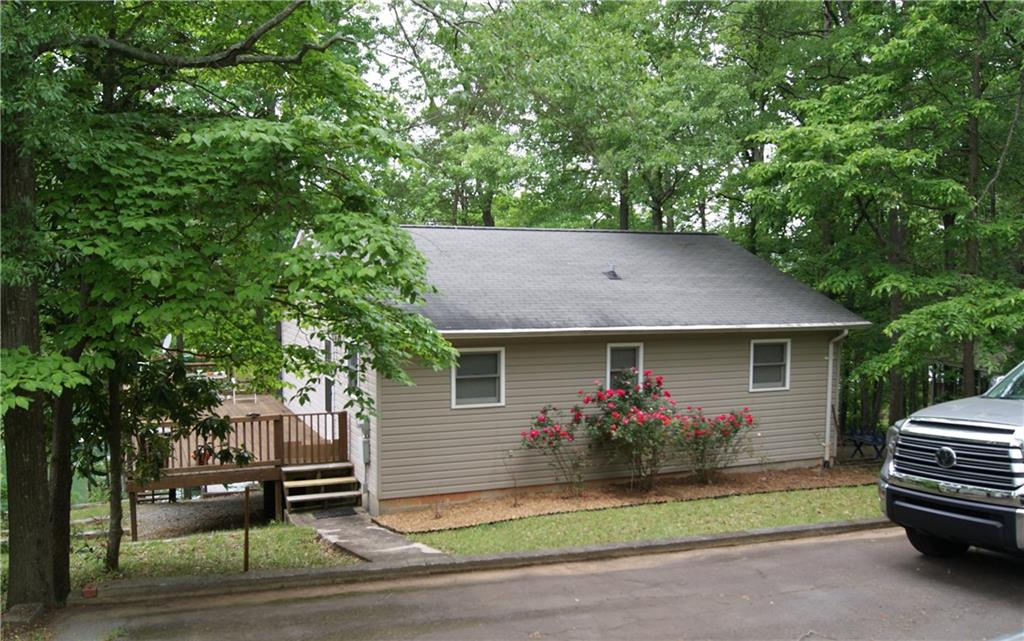219 Lakeview Drive Townville, SC 29689