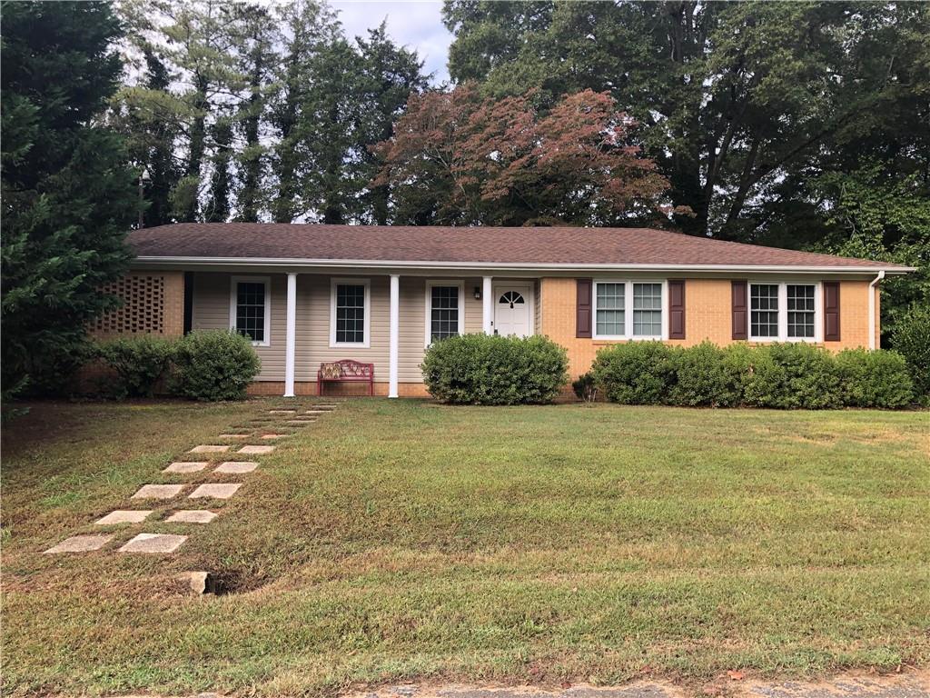 301 Boggs Street, Pendleton, South Carolina