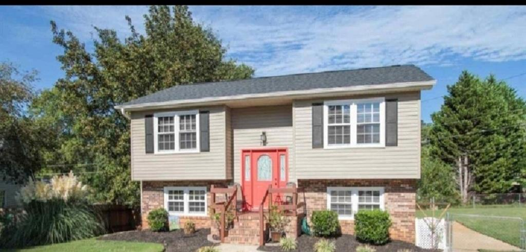 204 Sherry Lane, Easley in Pickens County, SC 29640 Home for Sale