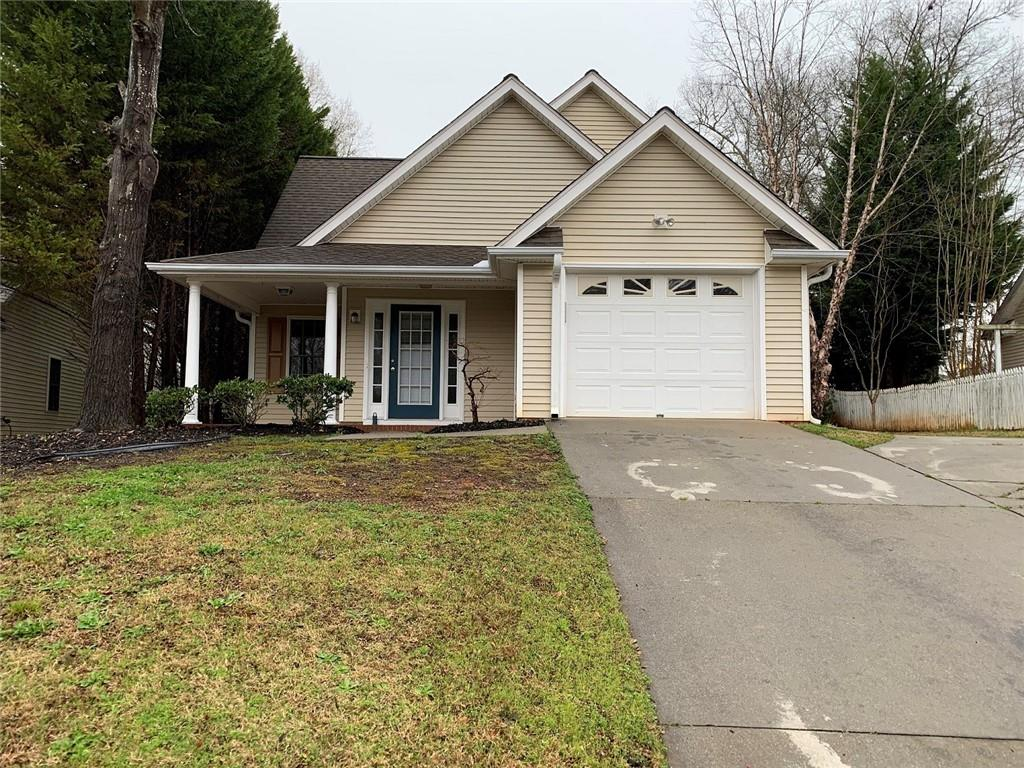 One of Pendleton 3 Bedroom Homes for Sale at 117 Grand Oak Circle